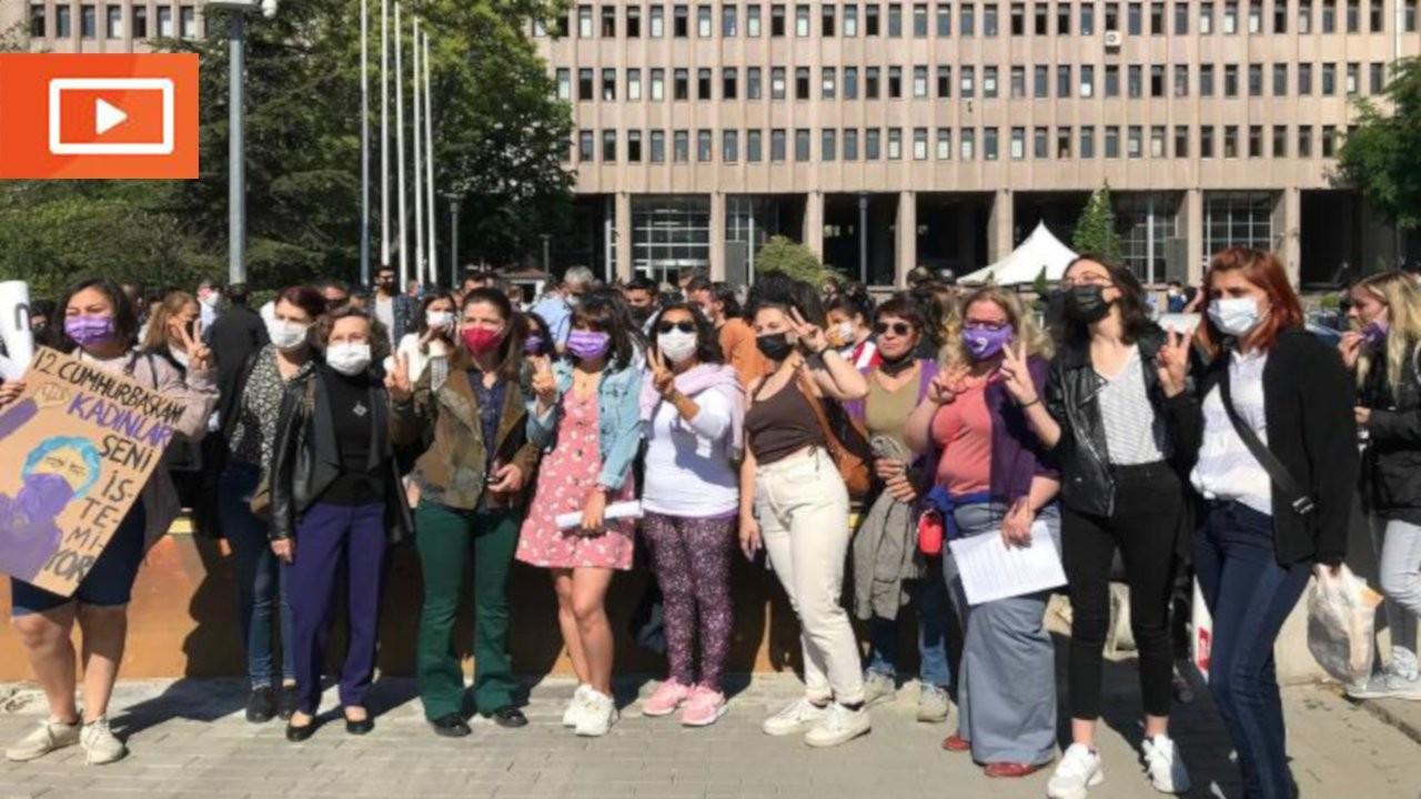 'İstanbul Sözleşmesi' eylemi nedeniyle yargılanan kadınlar gözaltına alındı